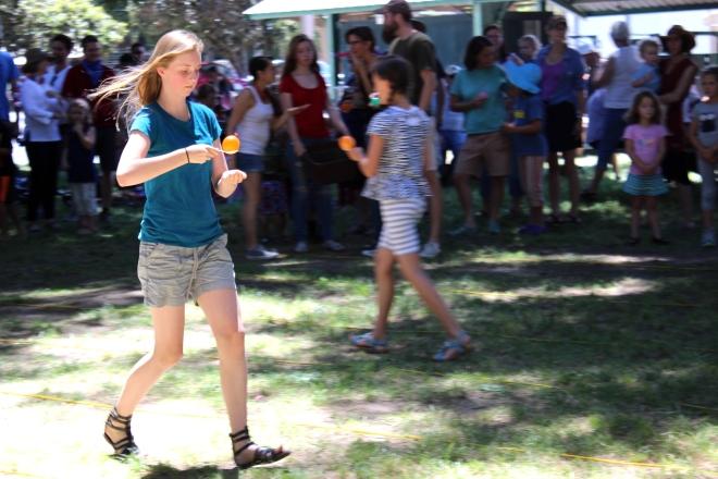 Sweet Little Wood. E. spoon balloon race