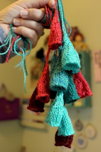 Secret Knitting Project Yarn Along @ Sweet Little Wood