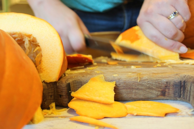 Using Fresh Pumpkins for Pie tutorial @ Sweet Little Wood