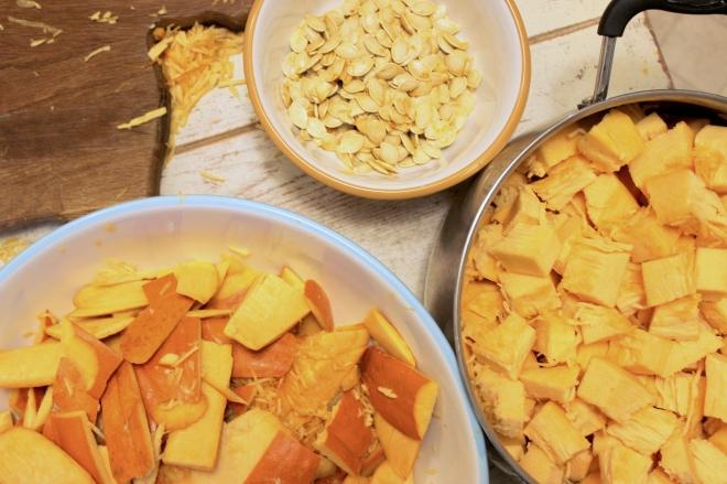 Using Fresh Pumpkin for Pie Tutorial @ Sweet Little Wood (8)