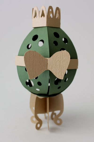 Faberge style egg SVG file for Silhouette and Cricut .