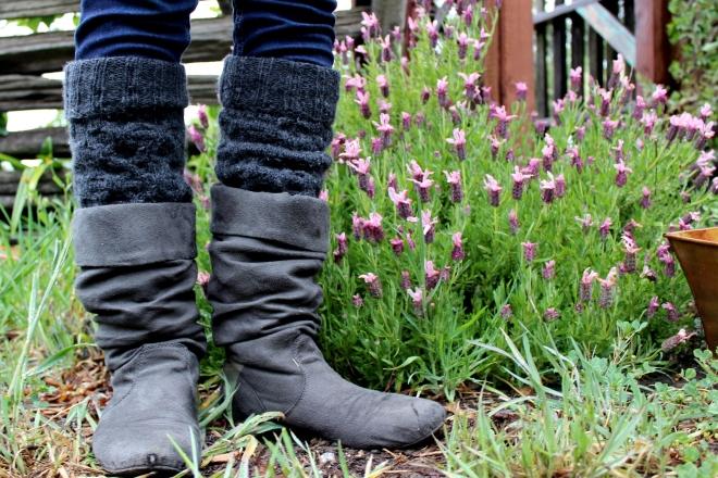 Esther's Pollen Collectors- Honey's Pollen Collectors Leg Warmers