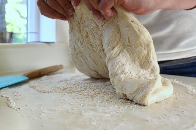Easy 1 1/4 hour Homemade Pizza @ Sweet Little Wood